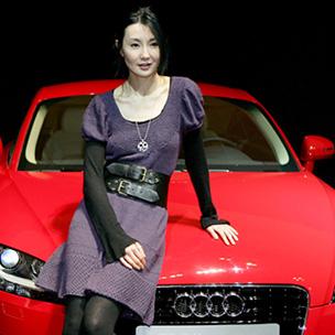 奥迪 她有着独到的选车标准:安全、有型、简约,就像这辆tt,线条高清图片