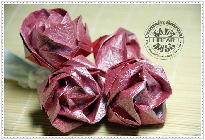 用纸怎样做玫瑰花-纸做玫瑰 火腿蔬菜炒面图片