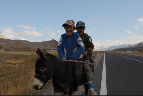 塔吉克自治县,属帕米尔高原这里是海拔最高的平原