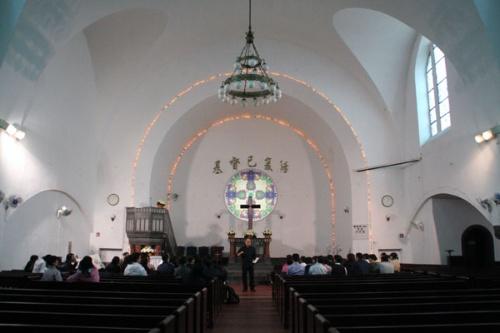 11 青岛·基督教堂内部