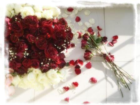 玫瑰花笔手绘图伤感
