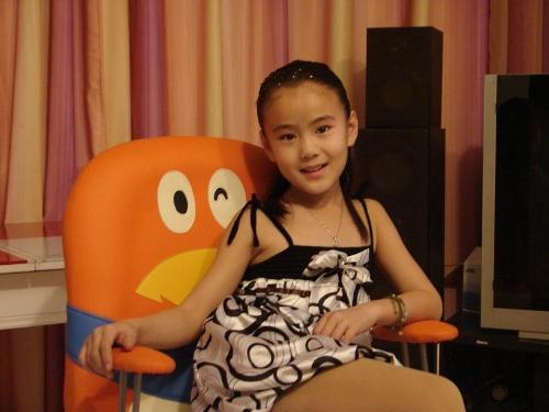 我在家(生活照)-超级童星-李昕瑷-搜狐博客