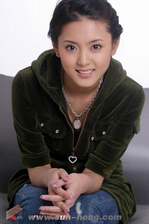 刘佳,代表作: 《楚留香传奇》--宋甜儿;   白庆琳,代表作:  《孝庄图片
